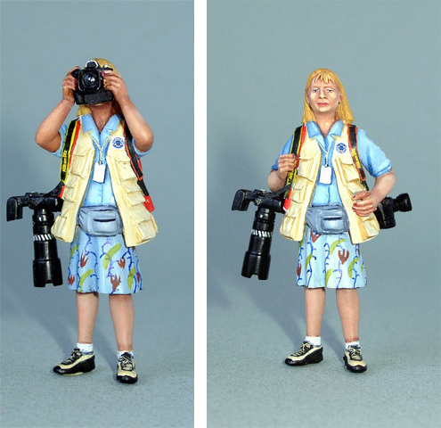 Woman Photographer with Camera (kit 1/24)  *ABVERKAUF*