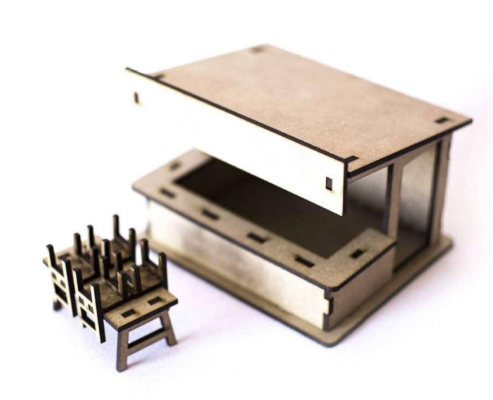 PSR0307 kleine, offene Bar mit Zubehör Stühle und Tisch