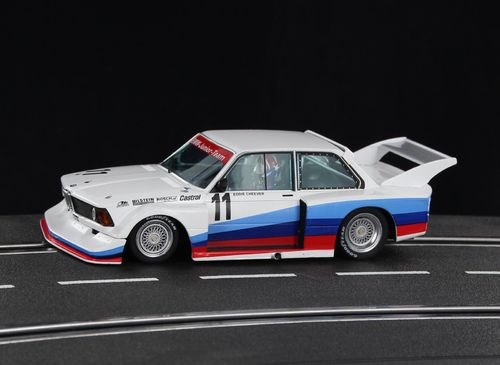 Sideways BMW 320 Gr.5  *Junior Team - Cheever*  #11
