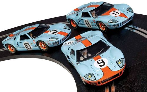 Scalextric Ford GT40 Legends - GULF - #9 #10 #11