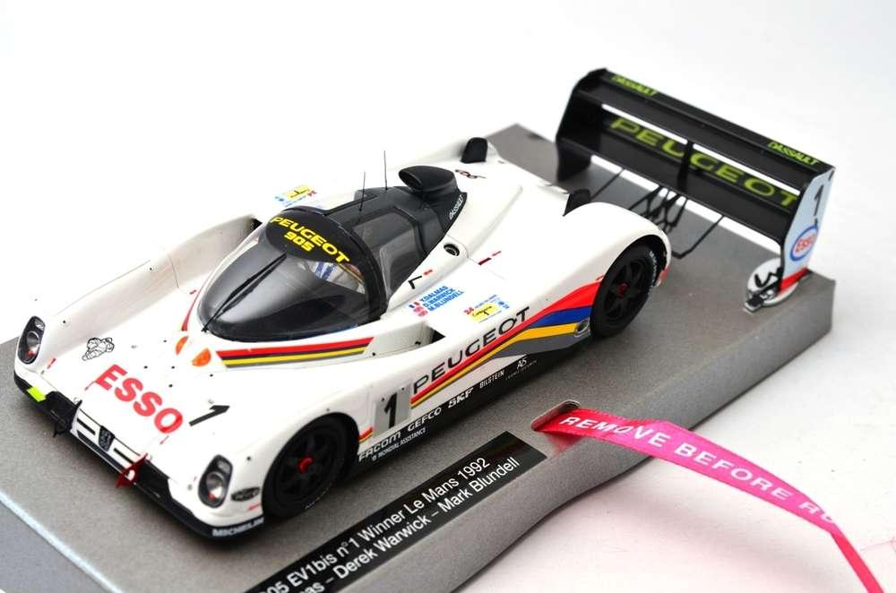 LMM 132023-1 Peugeot 905 - Le Mans 1992 #1 1/32 Resin Slotcar